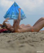 Voyeur shots of naked girlfriends at the beach