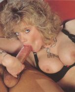 Classic anal porn pictures with retro pornstar Buffy Davis