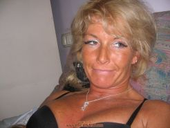 Mature amateur blonde