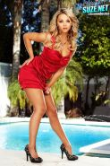 Blonde Ashlynn Brooke teasing with a perfect body