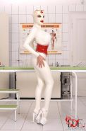 Clanddi Jinkcego latex nurse goes wild in clinic on Latex Lucy