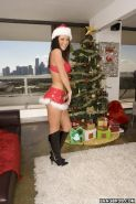 Big ass babes in xmas lingeries ffm threesome group sex