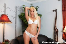 Sexy Vanessa Cage gets nude and spreads her legs