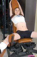 Pictures of teen amateur Harmony 18 exercising with no pants on
