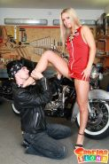 Pictures of teen amateur Sabrina Blond fucking in a bike shop