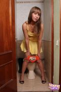 Pictures of Young Carrie stripping for you on a toilet
