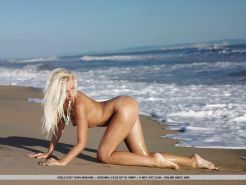 Pictures of teen star Adele B getting naked on the beach #52900374