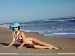 Pictures of teen star Adele B getting naked on the beach #52900437