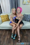 Alix Lynx and Anna Bell Peaks give a hot pov blowjob