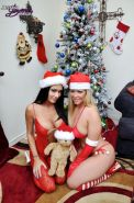 Pictures of Jessica Jaymes sharing her xmas gift with her friend