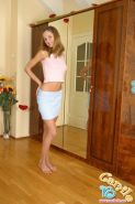 Pictures of teen amateur Camile 18 showing you her boobs