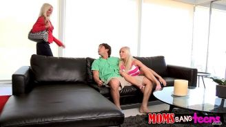 Blonde teen Elaina Raye gets taught how to fuck properly by Diana Doll