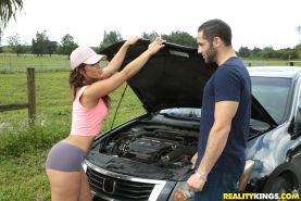 Big booty babe Kelsi Monroe fucks a guy for help with her car