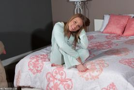 Blonde babe Meet Madden teases in her pajamas