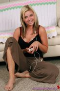 Pictures of Amy Amy Amy listening to music in her underwear