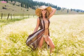 Beautiful country girl Maya Rae shows off her perfect naked body outside
