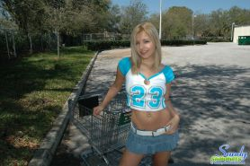 Pictures of Sandy Summers getting kinky with a shopping cart